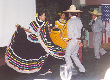 Riviera Hotel Folkloric Dancers